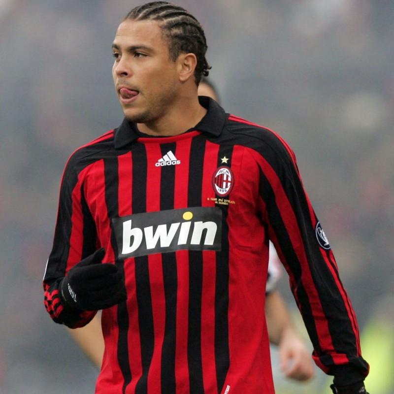 Ronaldo's Milan Signed Shirt, 2007/08