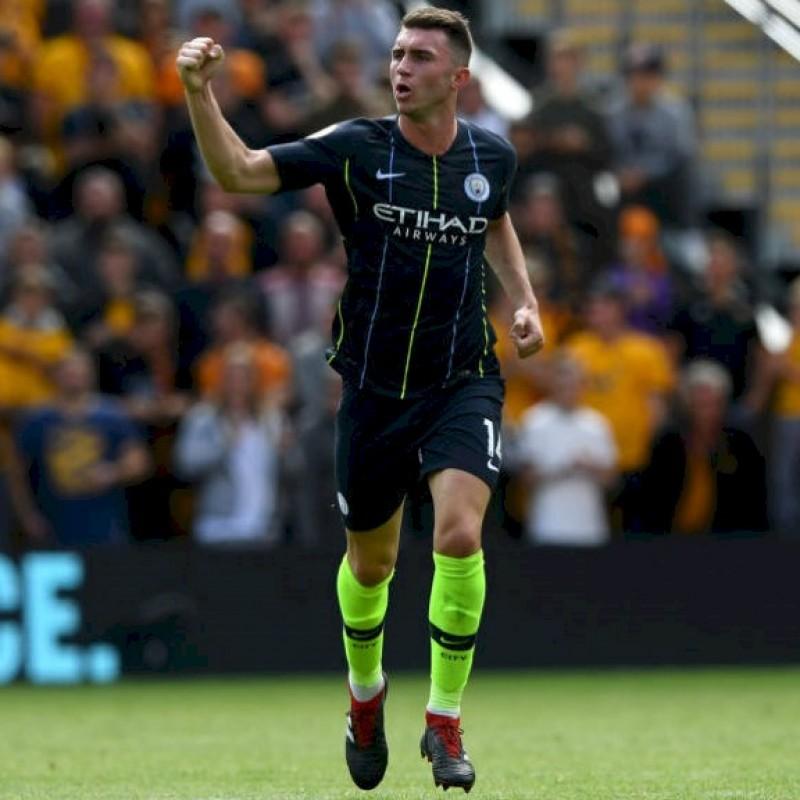 Laporte's Manchester City  Match Navy/Volt Shorts, Premier League 2018/19