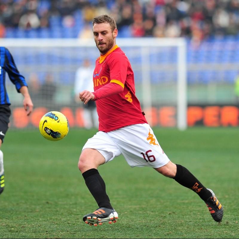 De Rossi's Roma Worn Shirt, Serie A 2011/12