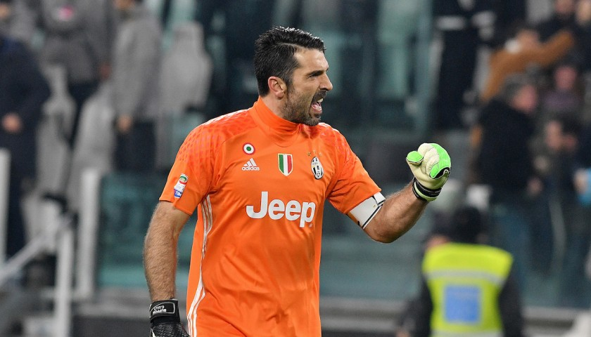 save off 499ec 4493d Official 2016/17 Buffon Juventus Shirt, Signed - CharityStars