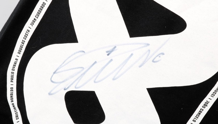 Juventus Scudetto W8NDERFUL T-Shirt - Signed by CR7