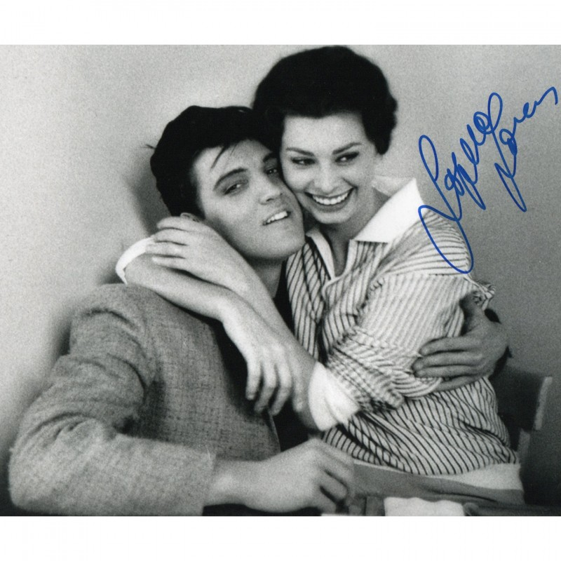 Sophia Loren Signed Photograph