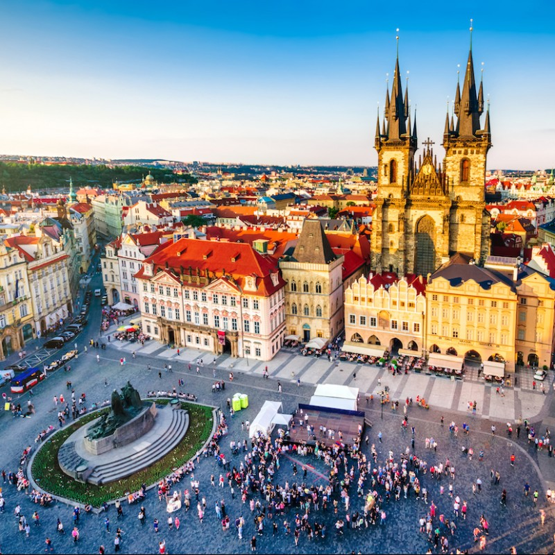 Enjoy Picturesque Prague