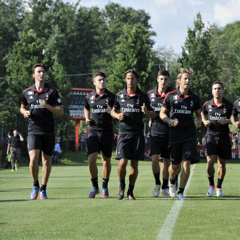 Visit and assist a Milan Football Club Training session