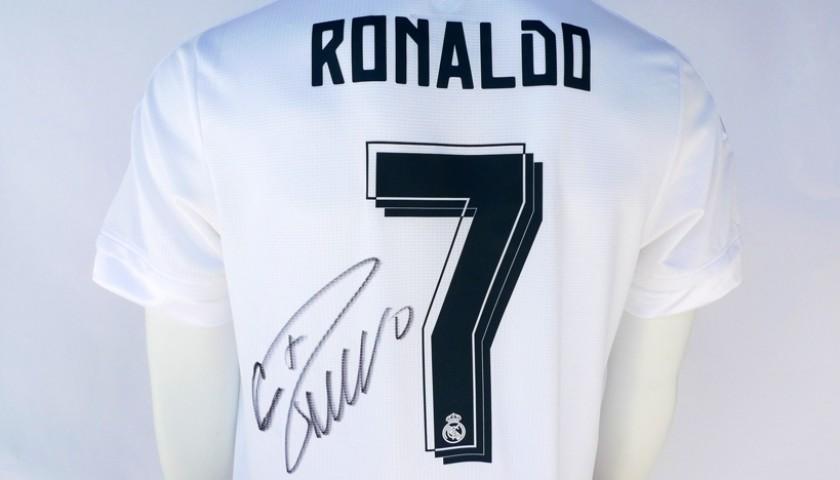 Signed Cristiano Ronaldo 2015/2016 Home Jersey
