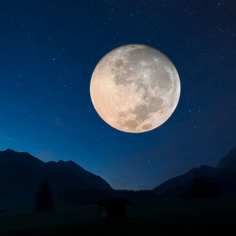 One Acre of the Moon Up for Auction