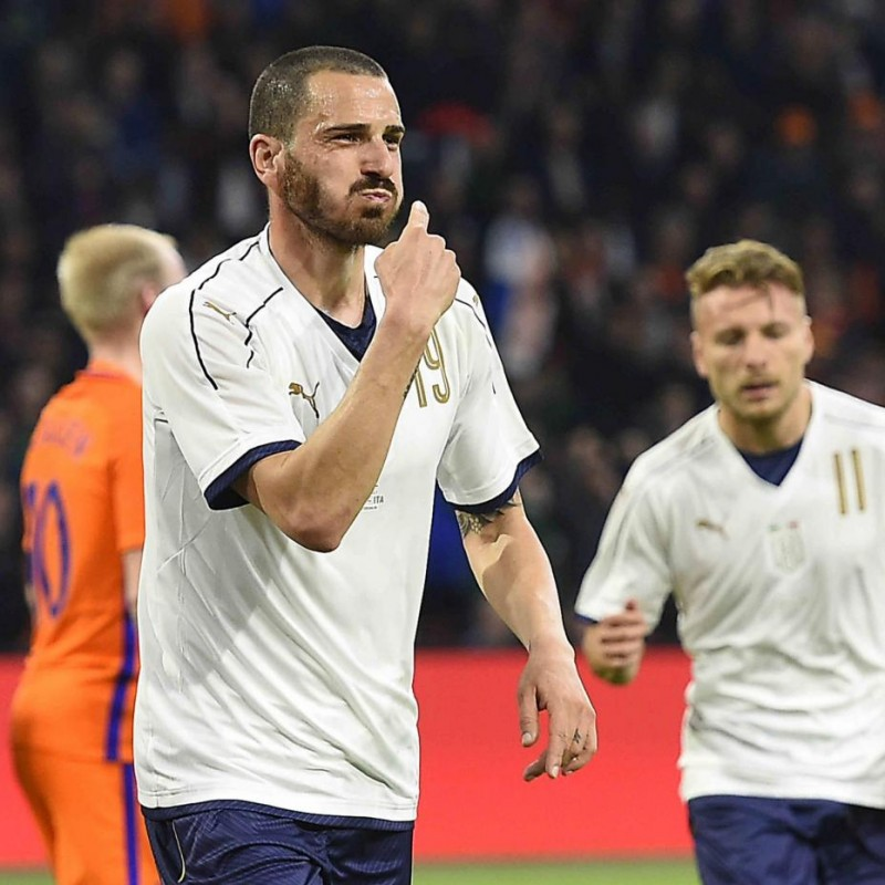 Bonucci's Match-Issue/Worn Holland-Italy Friendly 2017 Shirt
