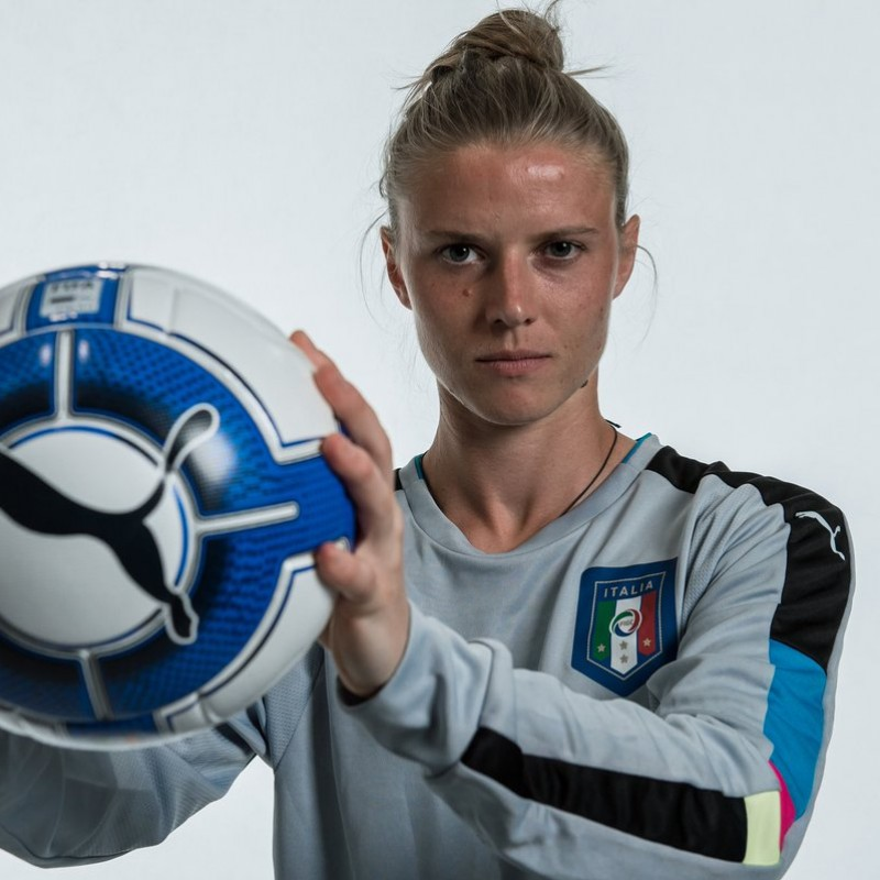 Schroffenegger's Italy Worn Women's Football Shirt, Euro 2017 Qualifiers