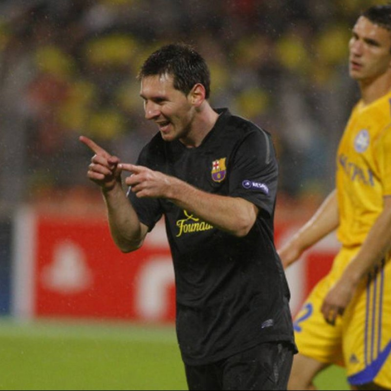 Messi's Match Shirt, Bate Borisov-Barcelona 2012 + Bib