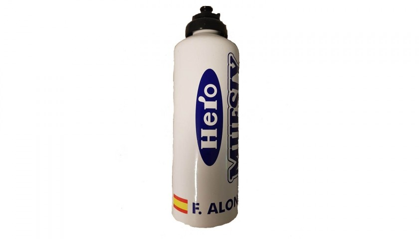 Water Flask Used and Signed by Alonso, World Cup 2005