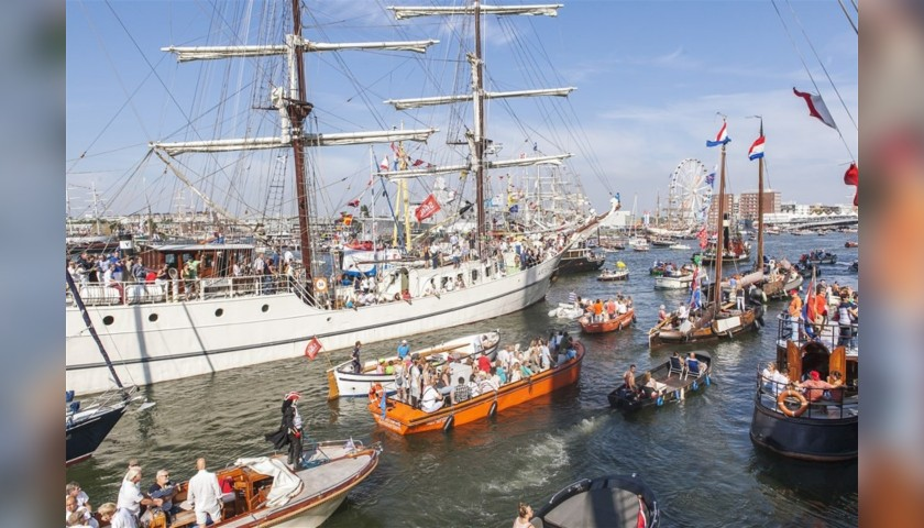 SAIL-Out Parade Experience for 4