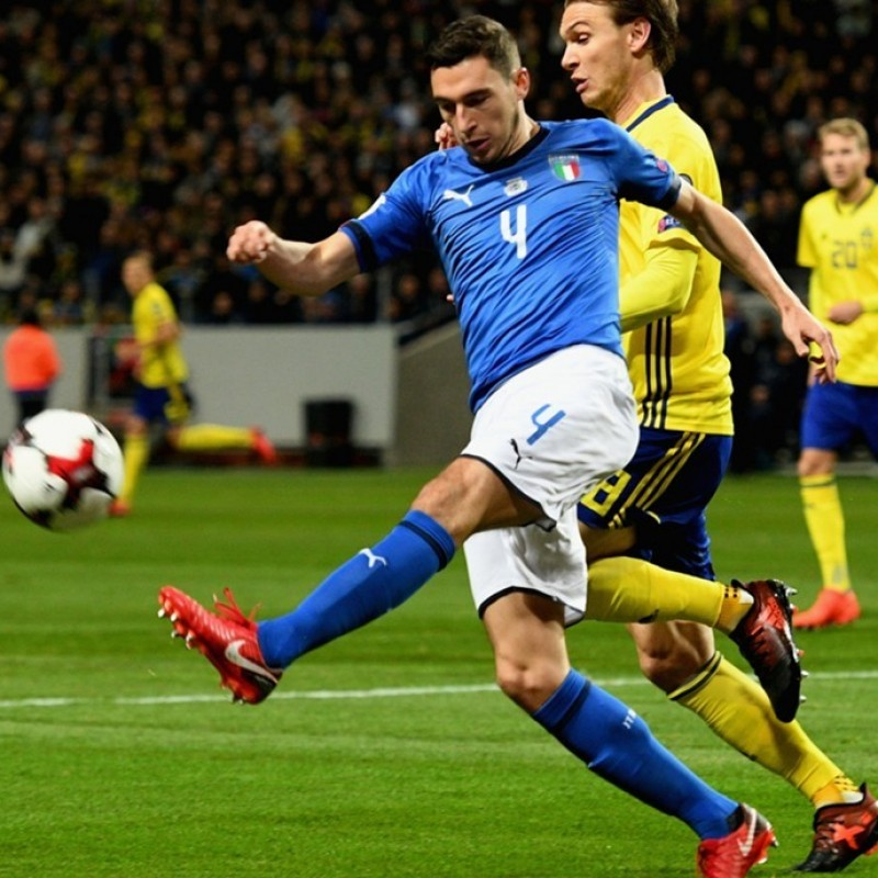 Darmian's Match-Issue/Worn Shirt and Shorts, Italy-Sweden 2017