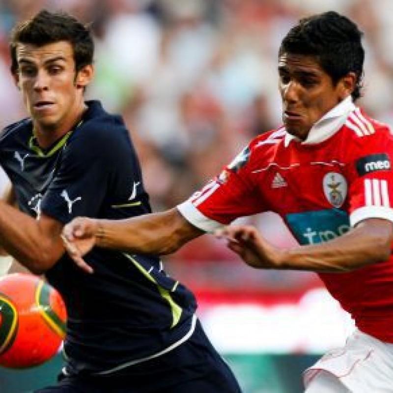 Weldon's Worn Shirt, Benfica-Tottenham Eusebio Cup 2010