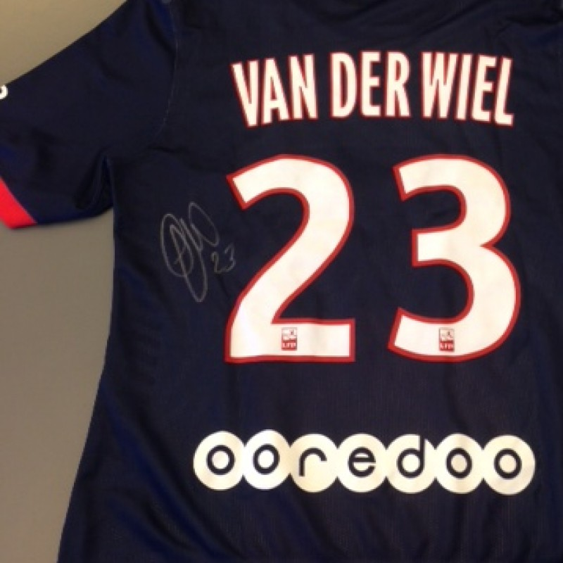 Paris Saint-Germain fanshop shirt, Van Der Wiel, Ligue 1 2013/2014 - signed