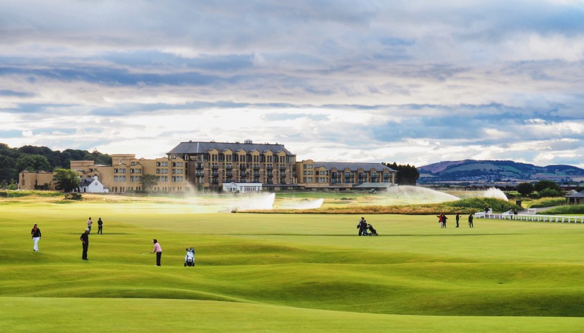 St. Andrews Golfing for 4 People
