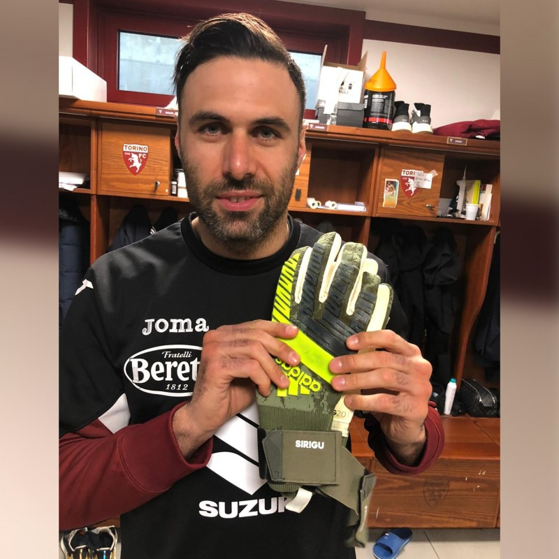 Adidas Gloves Worn and Signed by Salvatore Sirigu