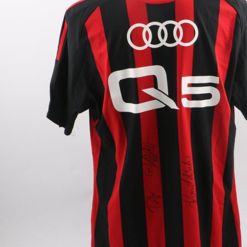 Milan shirt limited edition, signed by Pato, Kaka and Ronaldinho