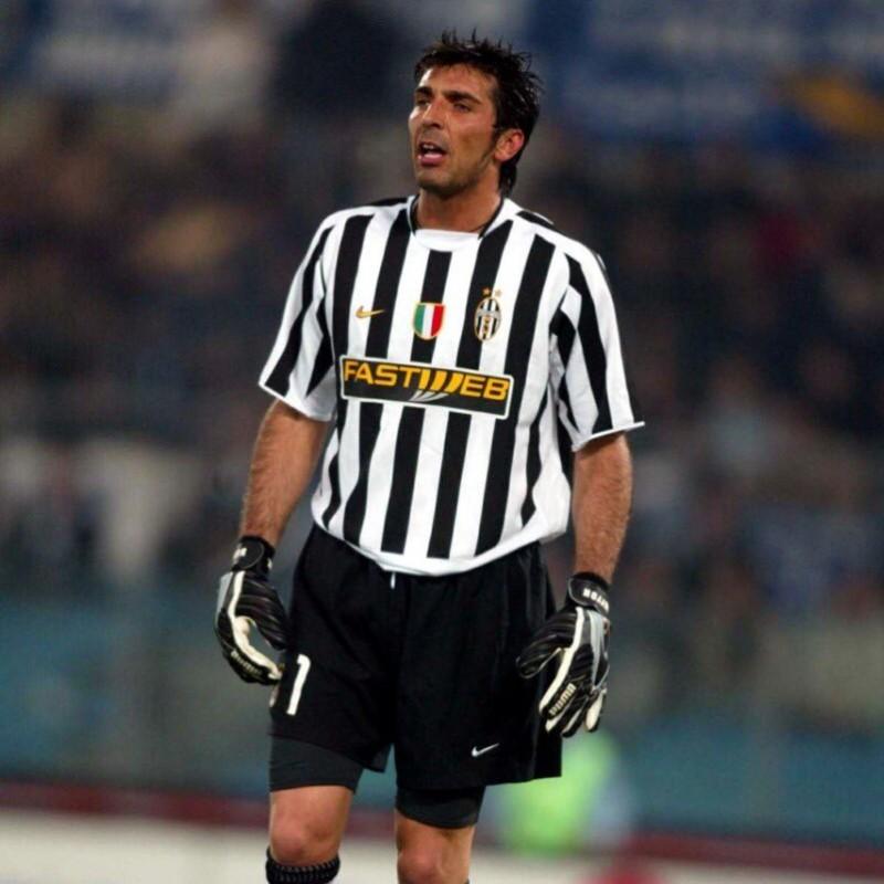 Buffon's Juventus Match Shirt, 2003/04