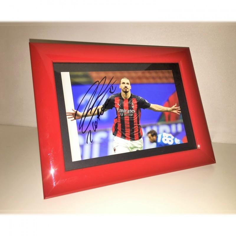 Zlatan Ibrahimovic Signed Photograph