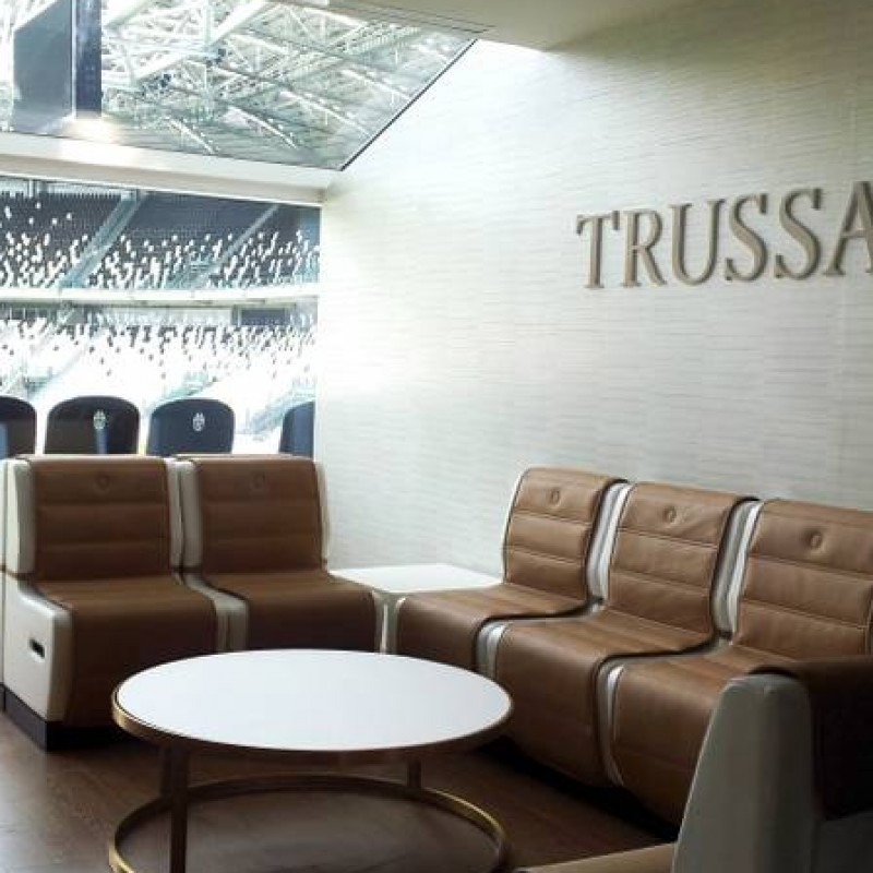 Enjoy Juventus-Carpi from Trussardi Skybox at JStadium