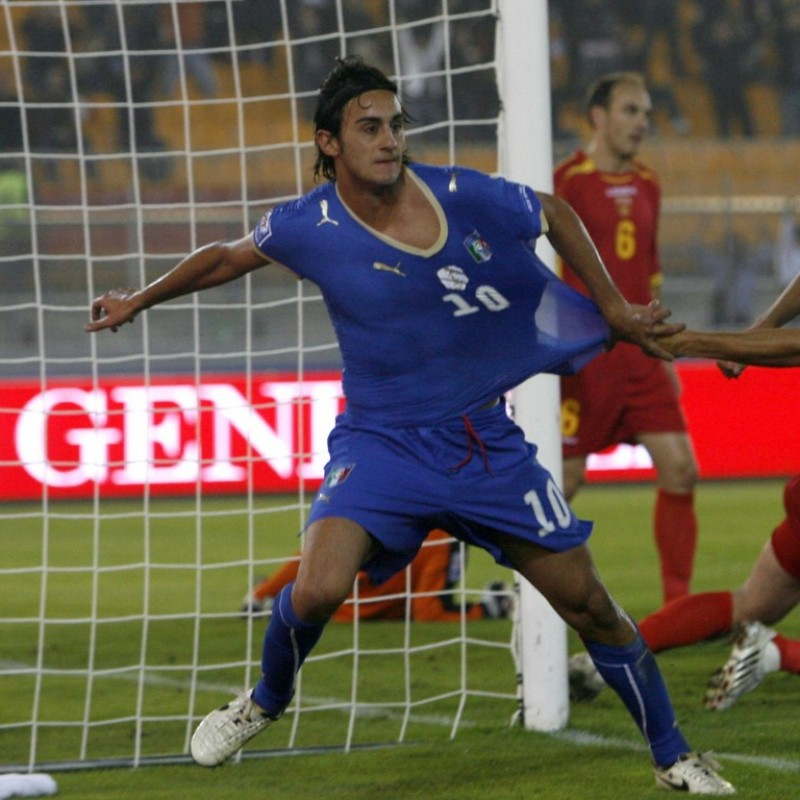 Aquilani's Italy-Montenegro Match-Worn Shirt, 2008 World Cup Qualifiers