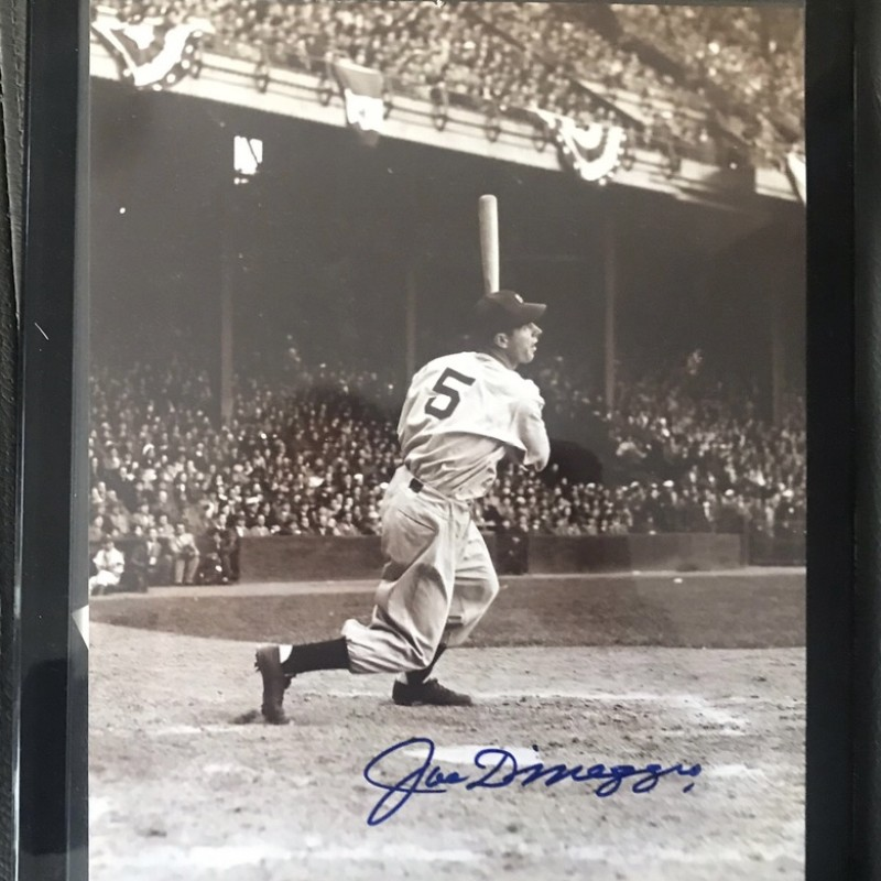 Joe DiMaggio Signed Framed Photograph