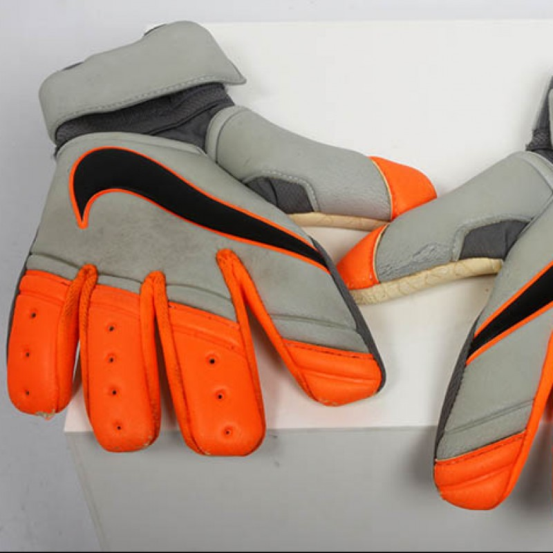 David Stockdale Signed Gloves