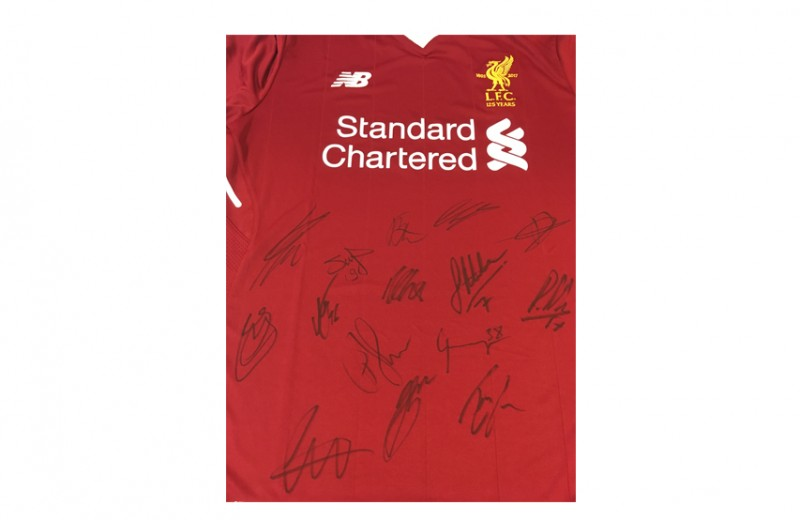 Official LFC Shirt Signed by the Team