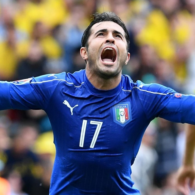 Eder's Match-Issue/Worn Italy Kit, Euro 2016