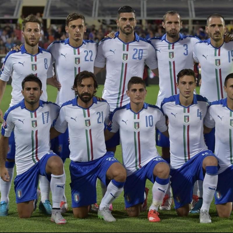 Barzagli's Signed Match Shirt, Italy-Malta 2015