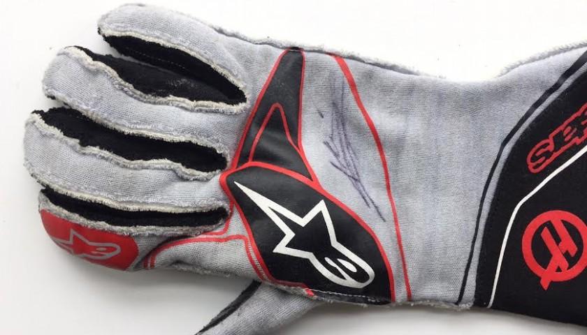 Kevin Magnussen 2017 Haas F1 Team worn-signed gloves