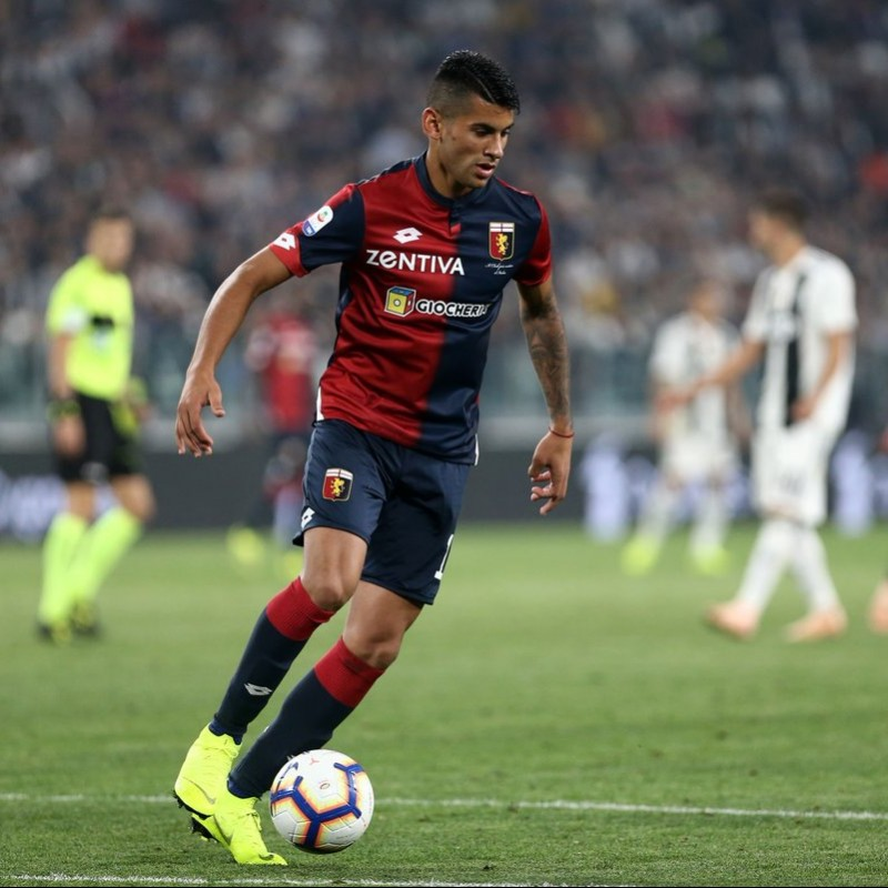 Romero's Genoa Match-Issue Signed Shirt, 2018/19