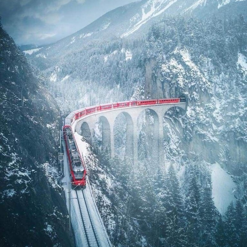 Swiss Alps Glacier Express Experience