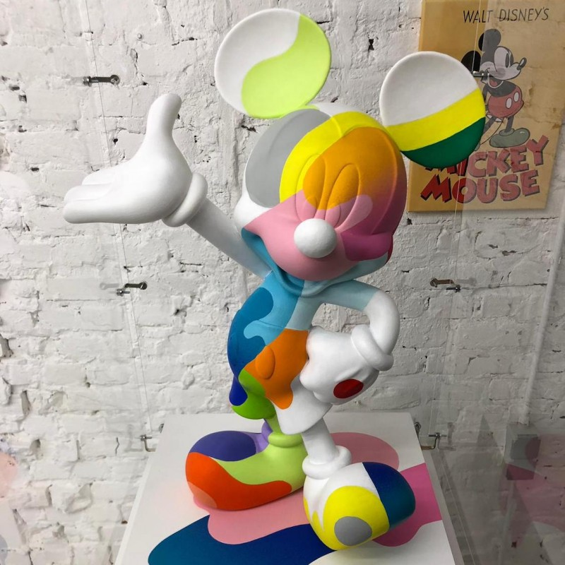 Mickey Statue by Oli-B