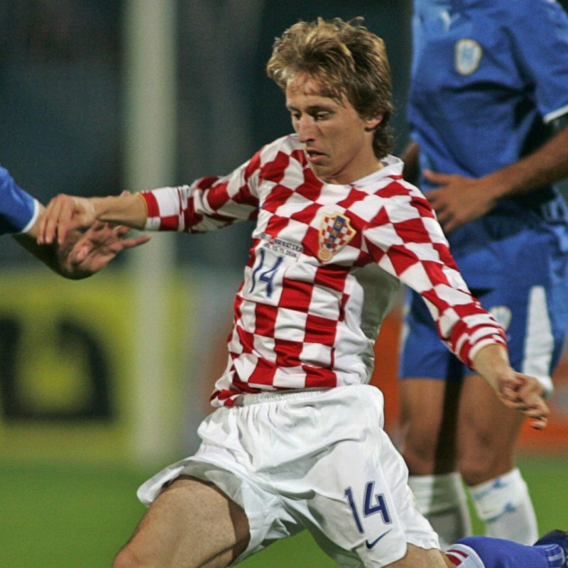Modric's Match-Issue/Worn Shirt, Israel-Croatia 2006