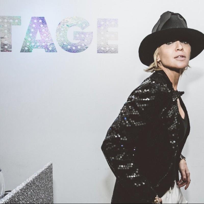 Cappello di Paola Barale