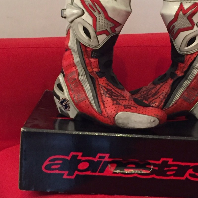 MotoGP shoes worn and signed by Andrea Dovizioso