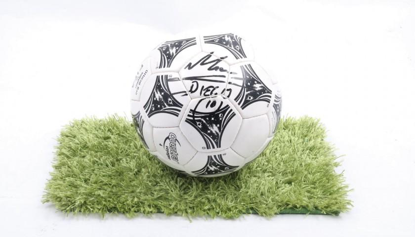 8b73f9c2c Adidas Questra 1994 Replica World Cup Ball