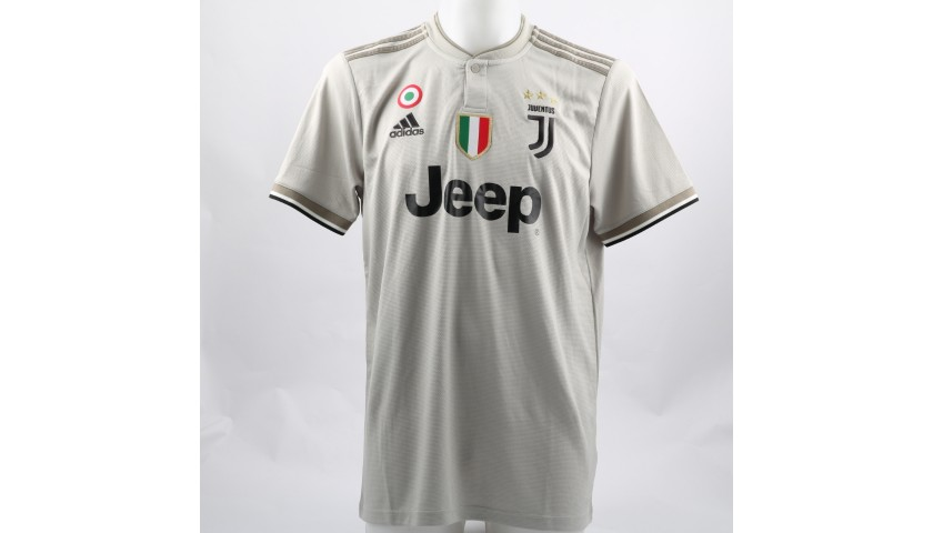various colors 9594b 7c85e Ronaldo's Official Juventus 2018/19 Signed Shirt - CharityStars