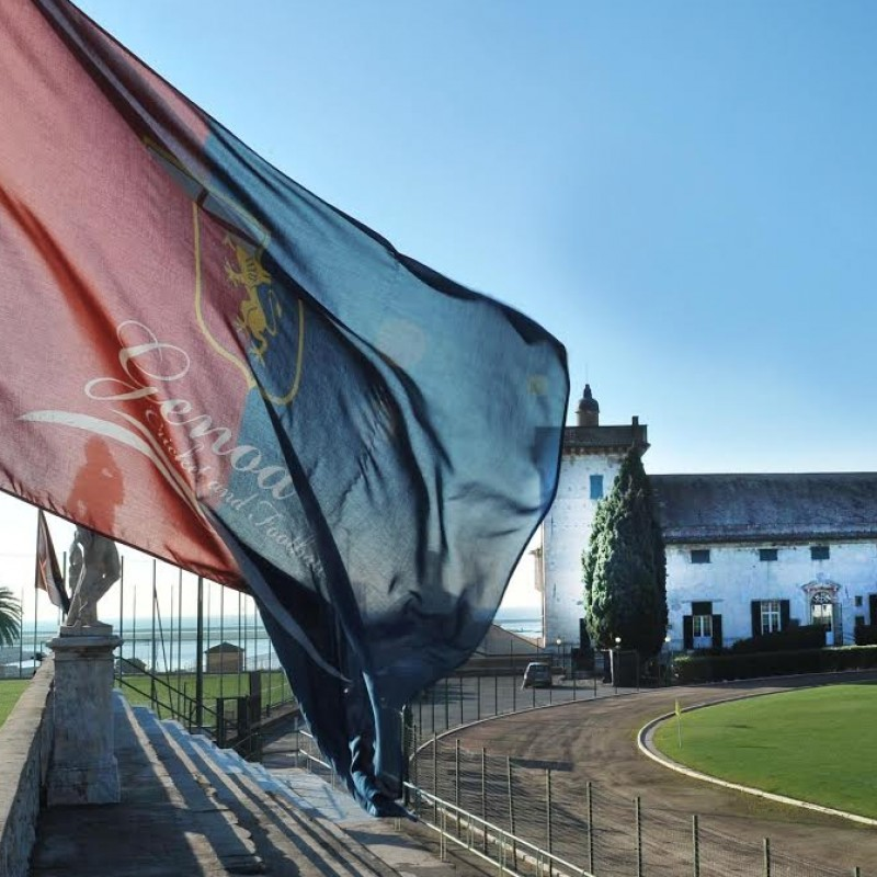 Go see Genoa training, visit the headquarters, meet the coach and players