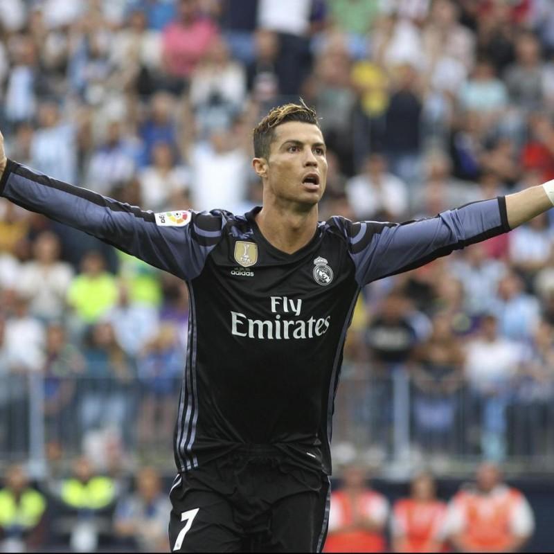 Official Ronaldo Real Madrid Shirt, 2016/17 - Signed