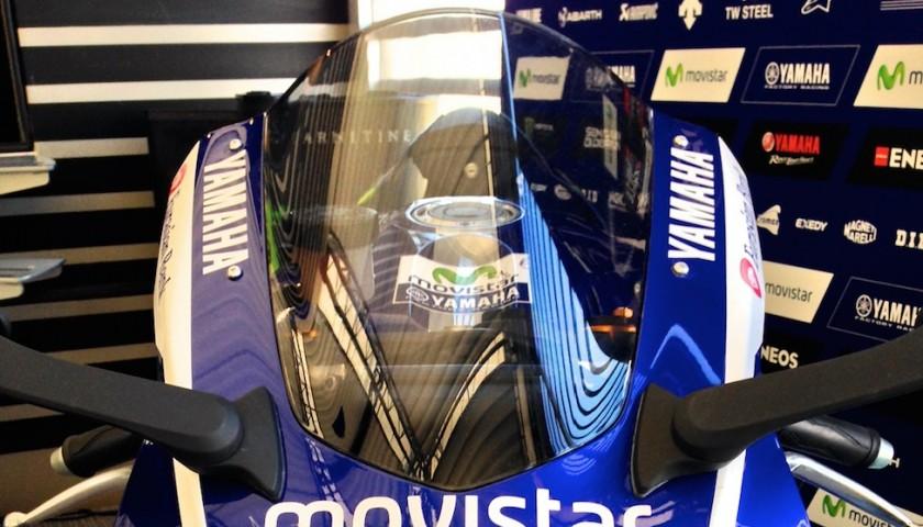 Yamaha YZF-R1 in livrea MotoGP firmata da Valentino Rossi