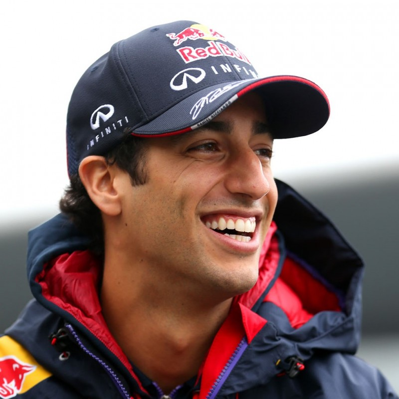 Red Bull Team-Issued Cap Signed by Daniel Ricciardo