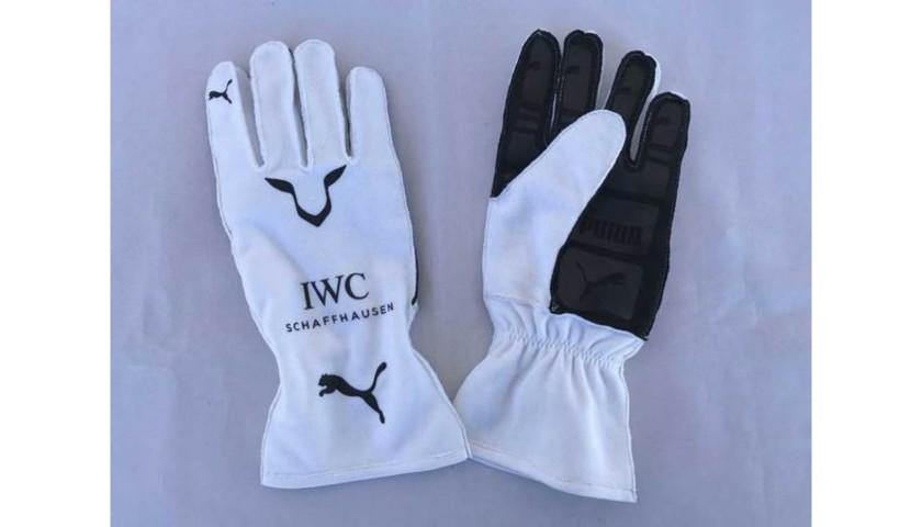 Mercedes-AMG Petronas Motorsport 2018 Race Gloves Signed by Lewis Hamilton