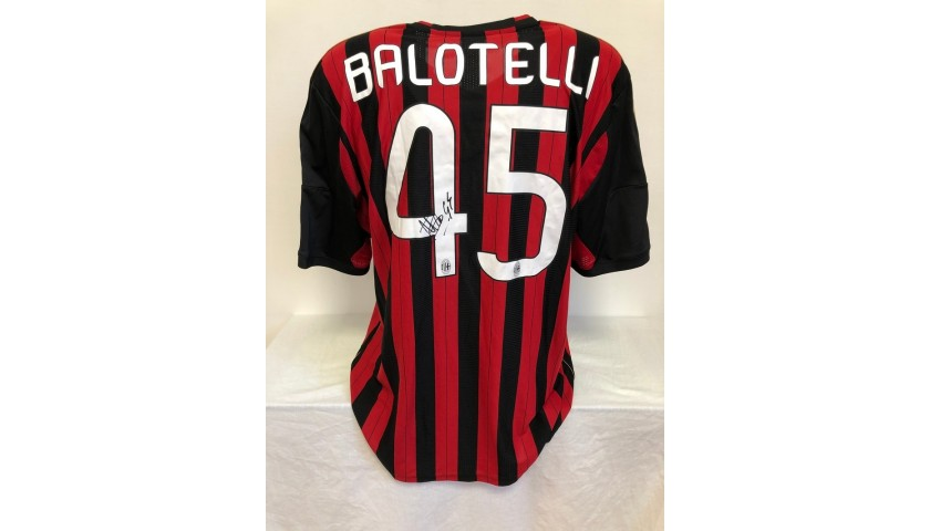 Balotelli's Official Milan Signed Shirt, 2013/14 ...