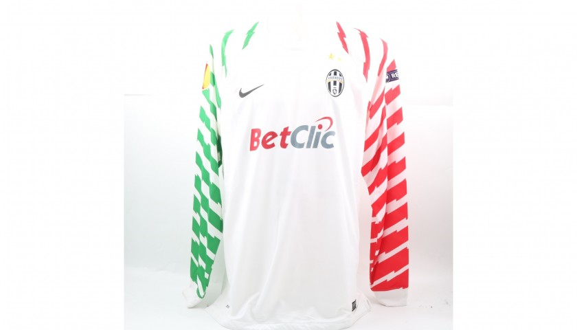 detailed look dc0d3 e1616 Storari's Match-Issued/Worn Juventus Shirt, 2010/11 Europa League -  CharityStars