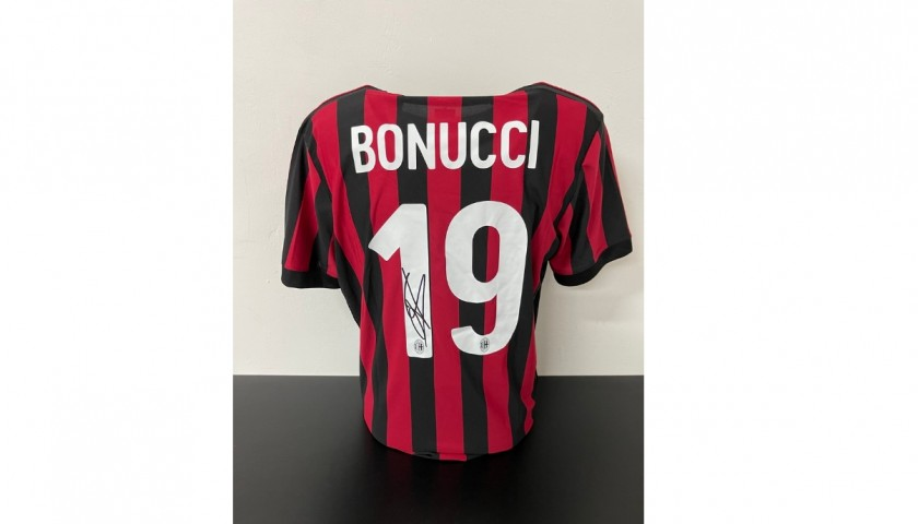 Bonucci's Official Milan Signed Shirt, 2017/18