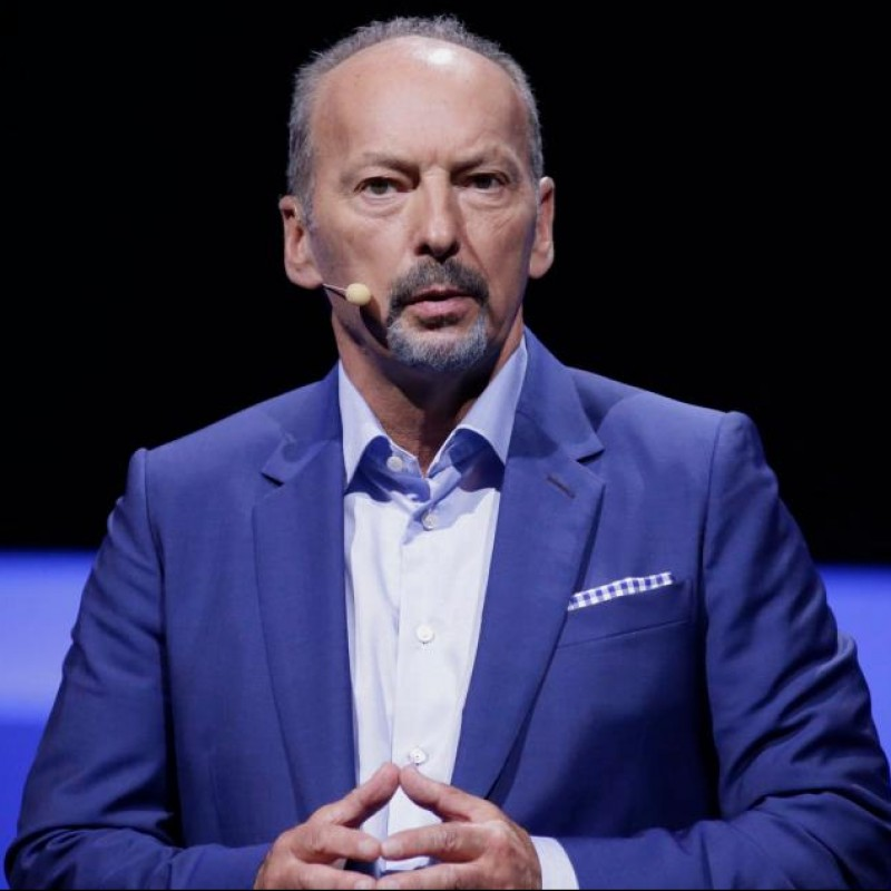 Power Lunch with Peter Moore, Liverpool FC CEO