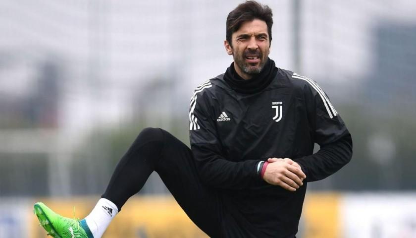 Buffon's Juventus Rain Jacket, 2016/17