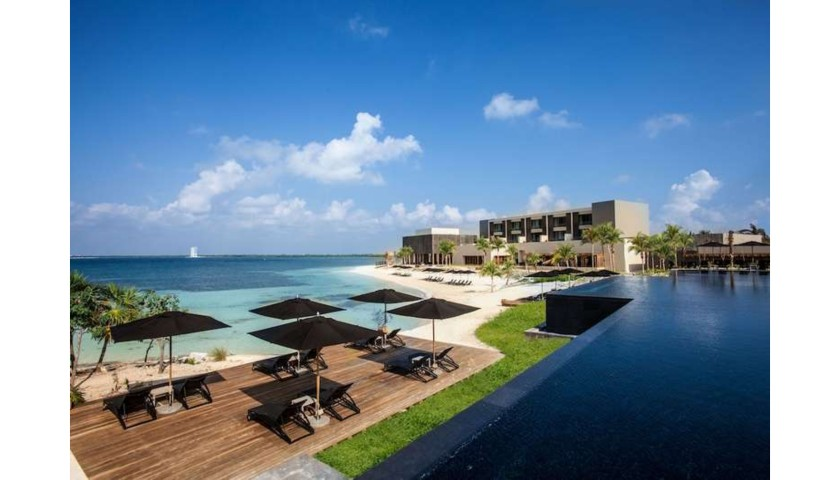 NIZUC Resort & Spa Five-Night Stay